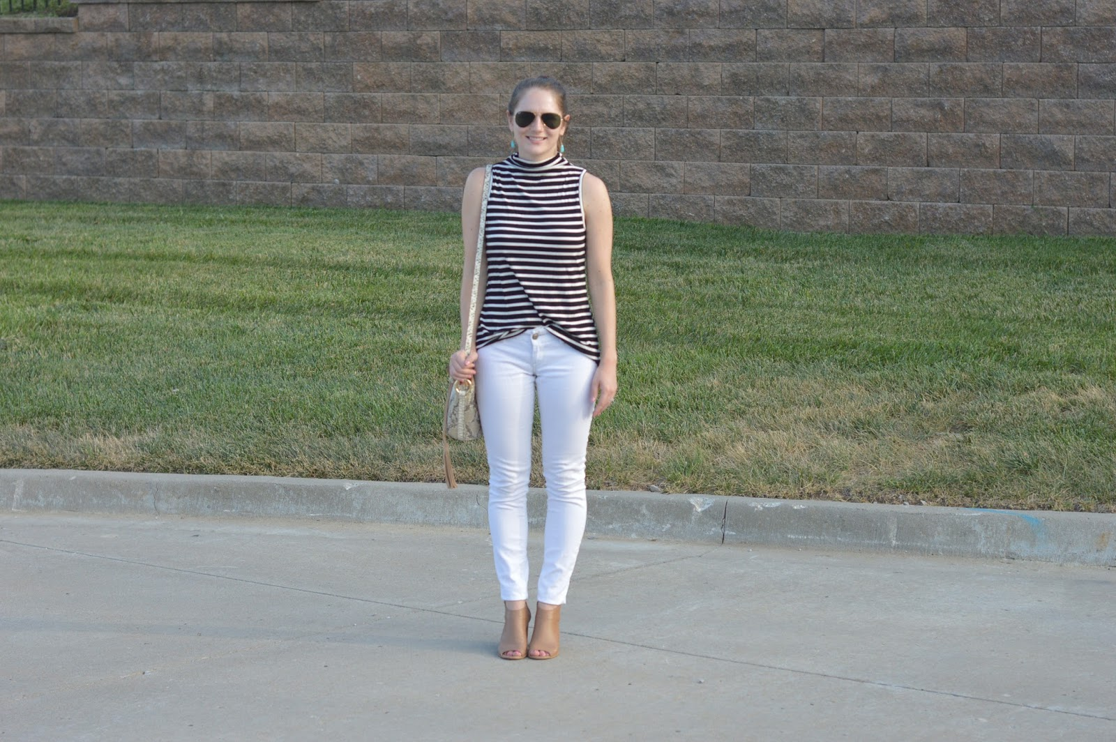 new ways to style your white jeans | white jeans with a striped top | summer outfit ideas | cute outfits to wear for fall | peep toed booties | what to pair with a striped top |