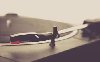 Wallpaper: Vinyl Player