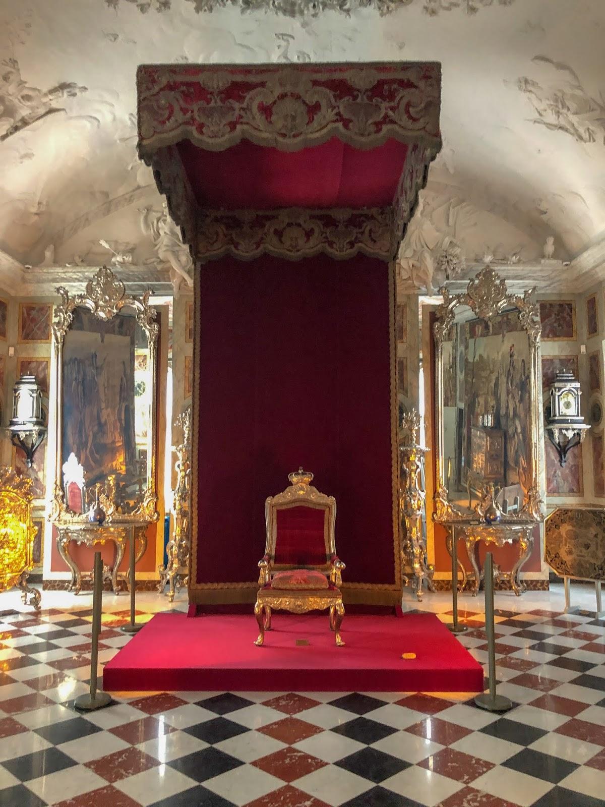 peexo rosenborg castle