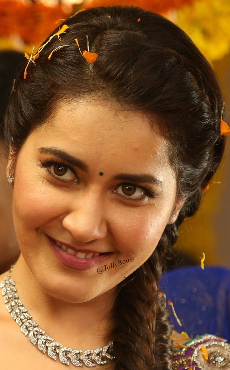 Glamorous Indian Girl Rashi Khanna Oily Face Closeup