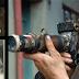 El vagabundo que construyó su cámara con basura y luego presentó su trabajo en los mejores museos de mundo