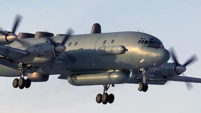 сирійська система С-200 запустила ракету, яка вразила російський розвідувальний літак Ил-20М