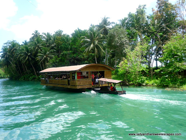 boat crusing in Loboc River Bohol
