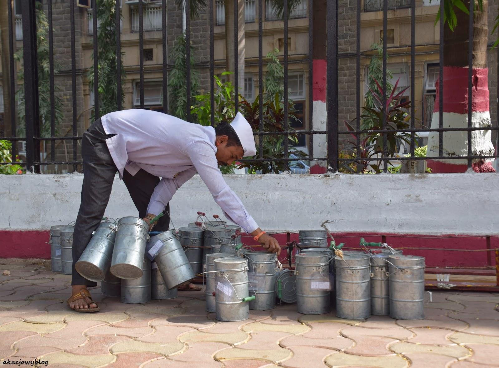 Dabbawalas - światowy ewenement z Mumbaiu.