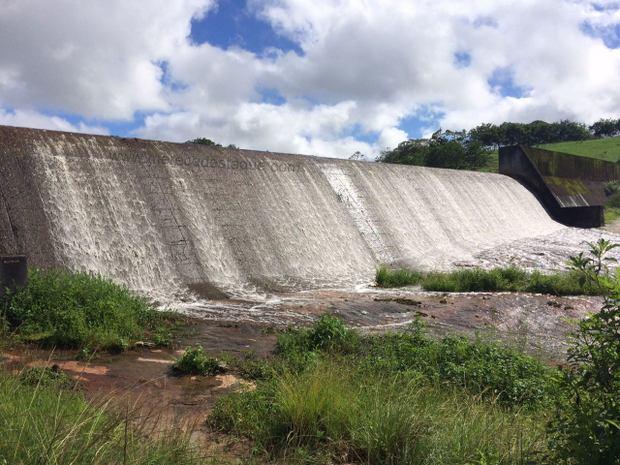 Três barragens que atendem cidades do Agreste estão vertendo (cheias) após chuvas na região