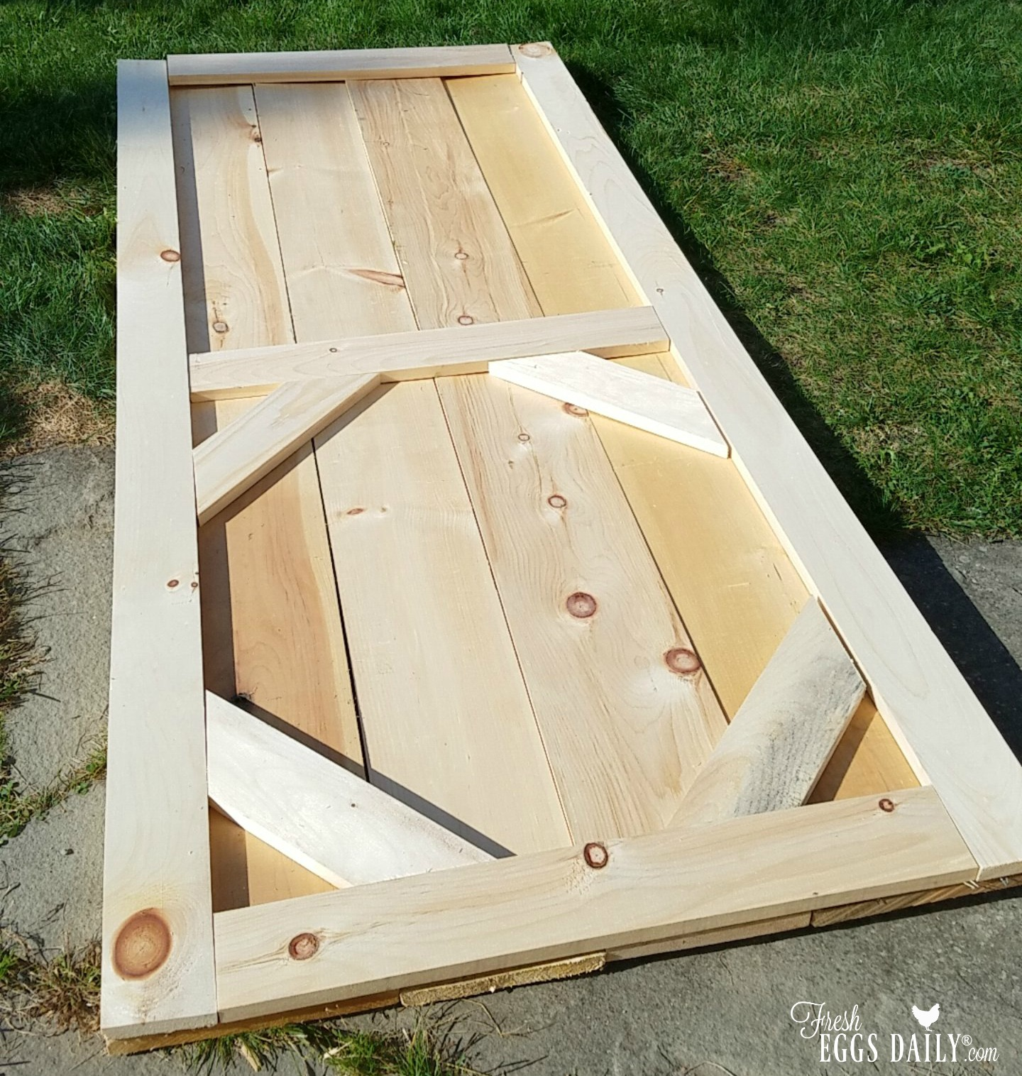 How And Why To Install A Sliding Barn Door In Your Chicken Coop