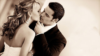 boy kissing girl wallpapers photos sexy kiss desi girl and boy in love.jpg