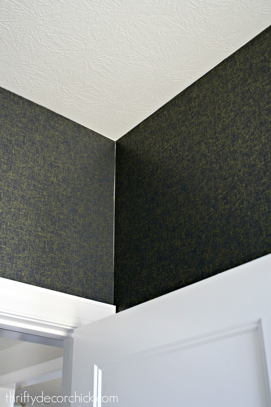 peel and stick wallpaper in corners