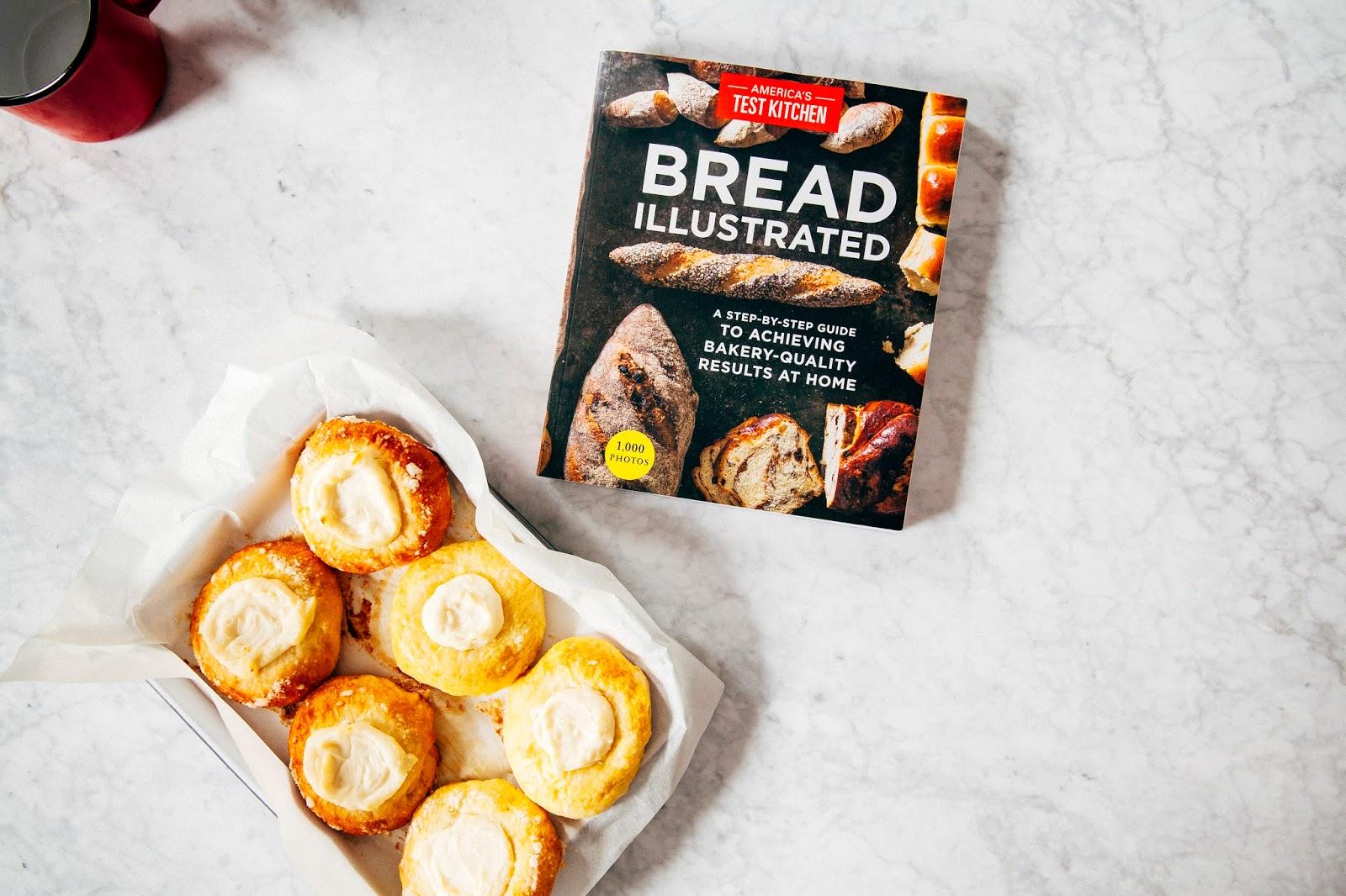 cream cheese kolaches | hummingbird high || a desserts and baking blog