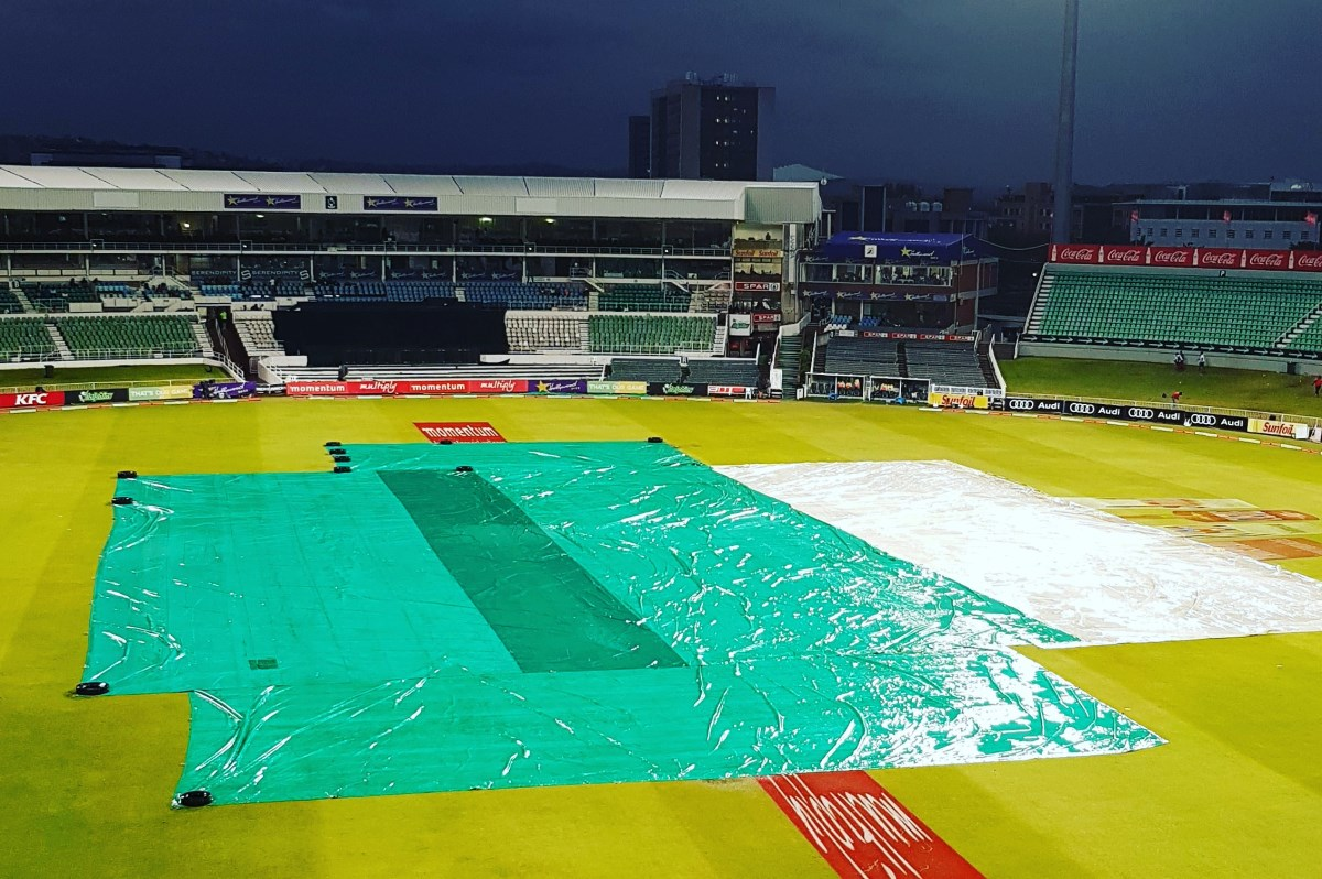 Rain intervenes at Kingsmead with covers pulled across the field