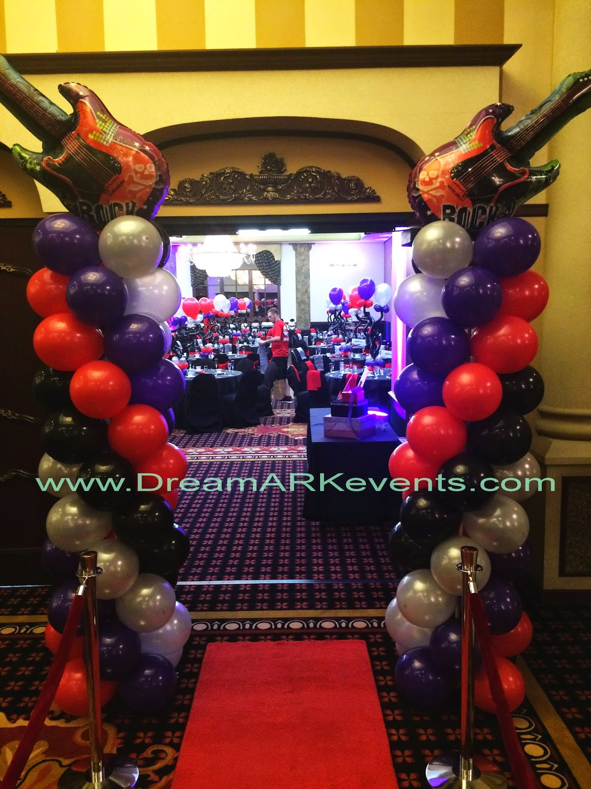 Balloon column, party decoration with balloons