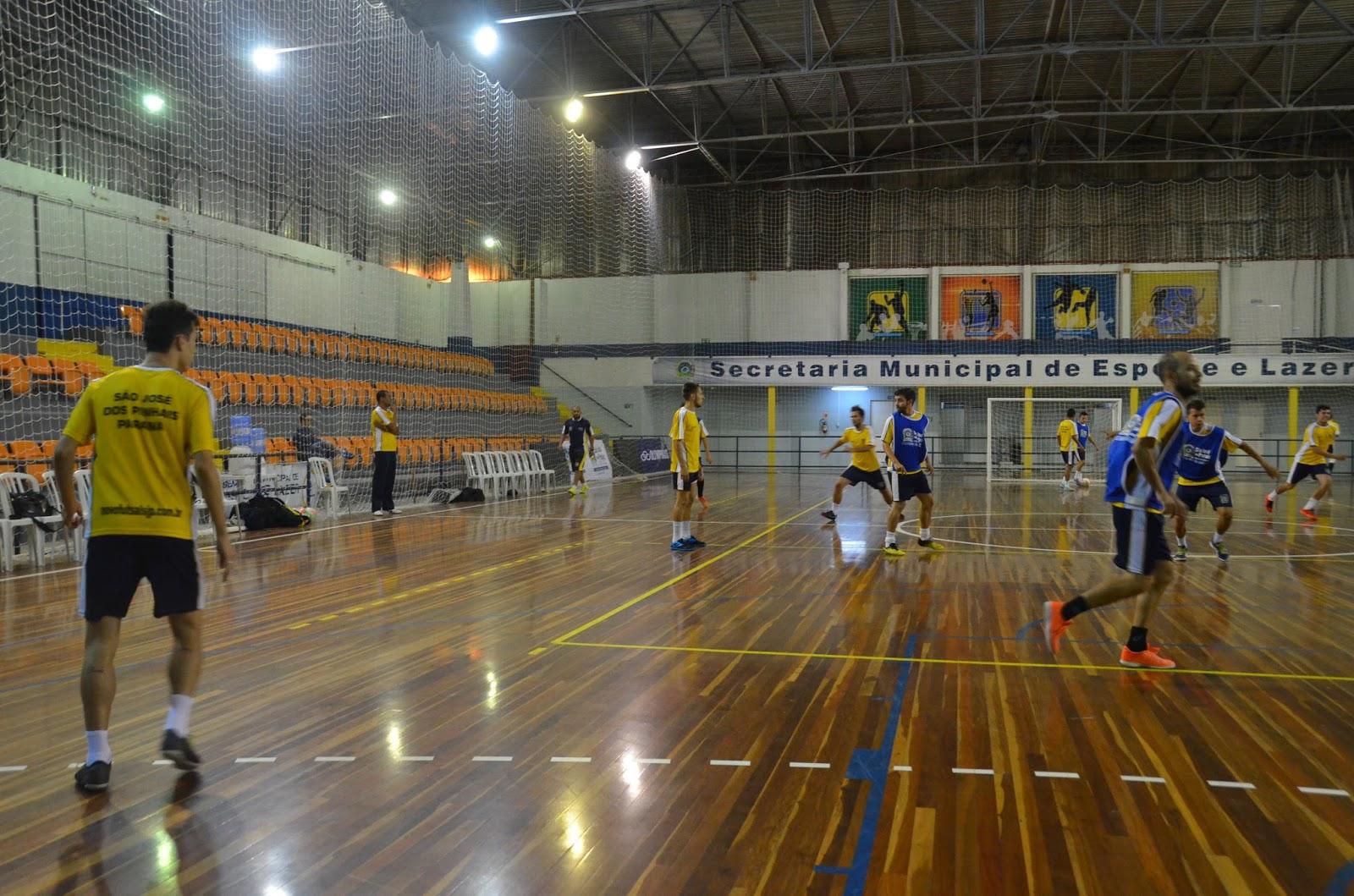 9afc57ced1fc4 Novo Futsal São José dos Pinhais faz último treino e técnico Vinicius  França define relacionados para o amistoso em Guarapuava
