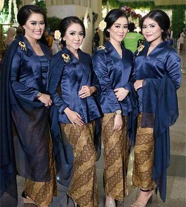 Model Baju Kebaya Keluarga Untuk Pernikahan Modern Terbaru