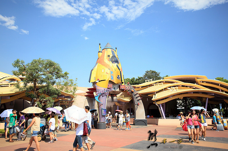香港迪士尼樂園|馳車天地|明日世界|迪士尼園區午餐