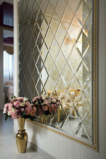 ديكورات وافكار للمداخل في المنزل مثال المزهريات والزهور