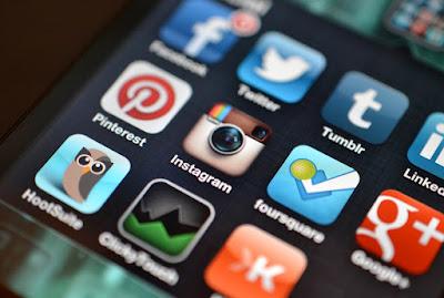 Menggunakan Aplikasi Terbaik Play Store Berkualitas