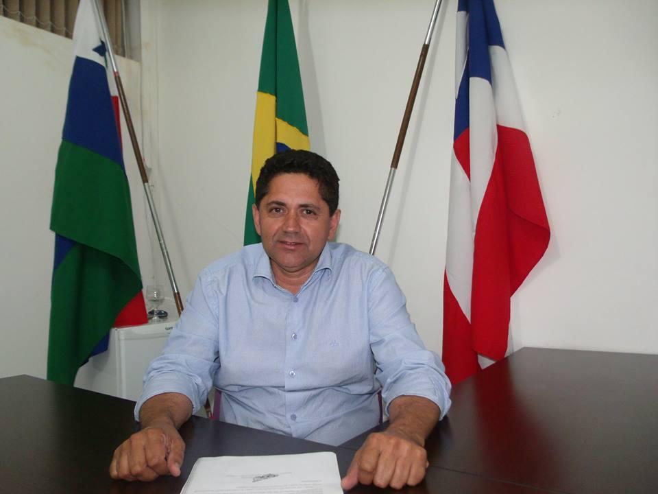Resultado de imagem para roberto carlos prefeito de antonio gonçalves