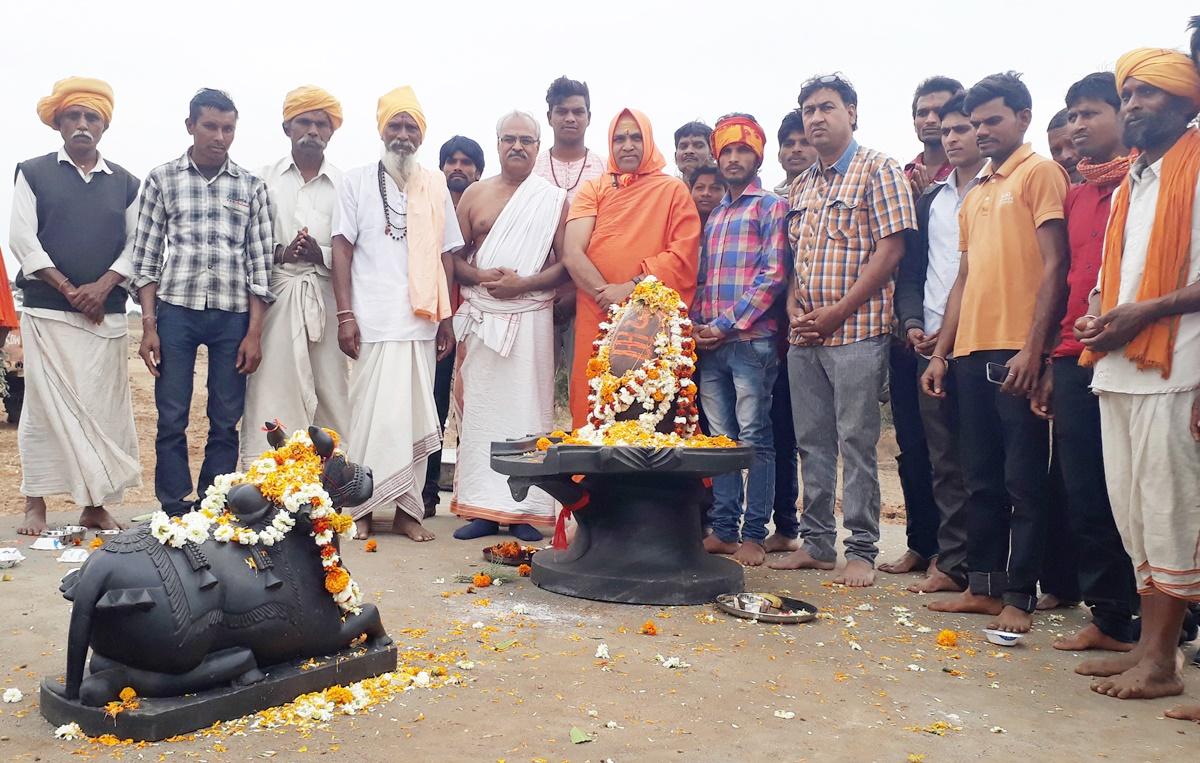 पारा। धर्म रक्षक सेवा समिति छः दिवसीय धर्म जागरण यात्रा का समापन ,अखण्डानंद बाहुबली भोलेनाथ की हुई स्थापना