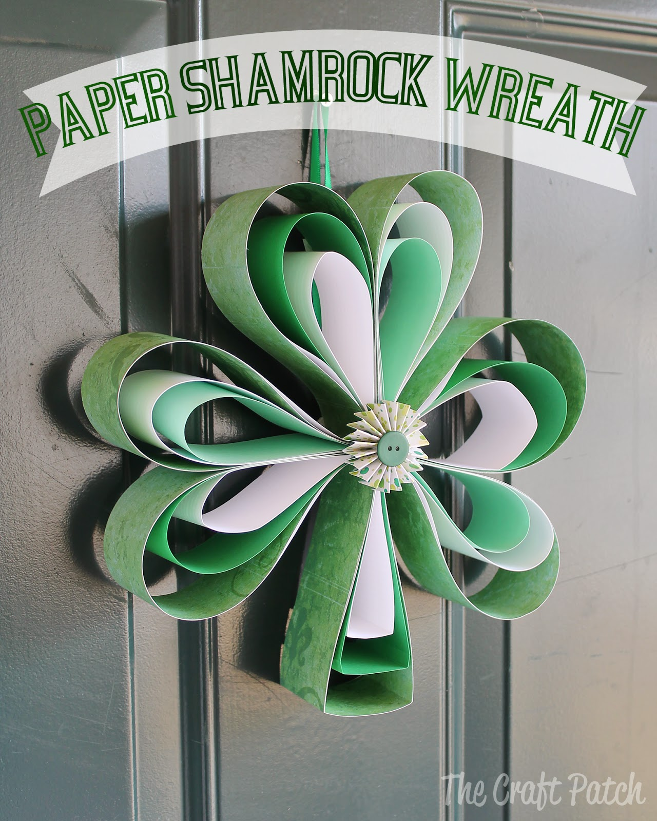 The Craft Patch: Paper Shamrock Wreath