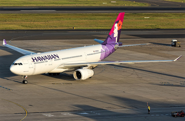 hawaiian airlines a330-200 new livery