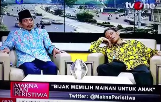 Sumanto Tidur Nyenyak Saat Live Talk Show, Tidak Ada yang Berani Membangunkan!!!