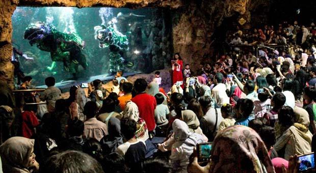 Atlantis Ancol Beri Harga Spesial untuk Wartawan