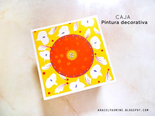 Caja joyero con pintura decorativa