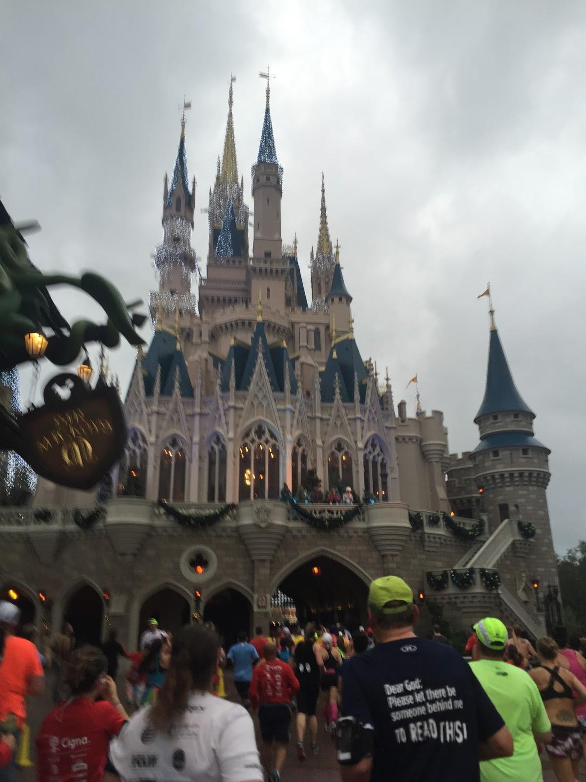 Dopey Challenge Mickey Marathon 2016 Cinderella's castle
