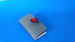 Dompet HP dari Kain Flanel