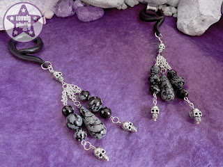 http://www.lovelyplugly.com/danglies-for-tunnels/ear-weights-hangies-for-tunnels-eyelets-gauges/skull-snowflake-obsidian-ear-weights-hangies-tunnes-gauges