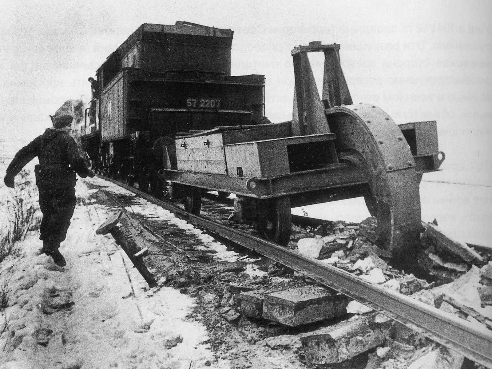 Schwellenpflug+_rail_tracks_1.jpg
