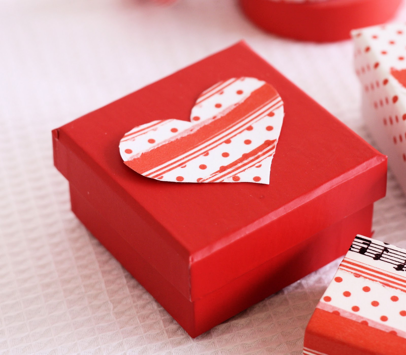 Valentine Decorated Boxes: A Spoonful Of Sugar