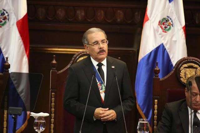 Danilo anuncia 1 de marzo Policías raso ganará RD$16,150.
