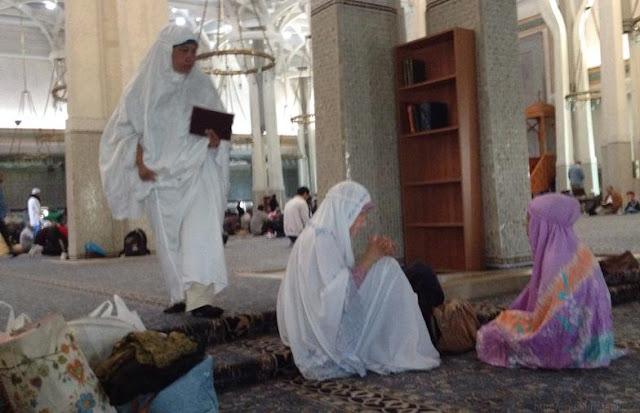 Tak Banyak yang Tahu, Ini Waktu untuk Wanita Shalat Dzuhur di Hari Jum'at