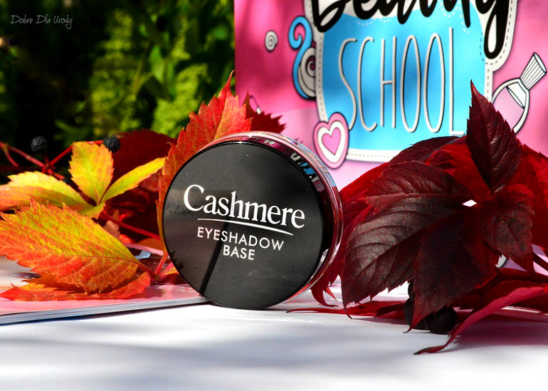 Beauty School by ShinyBox - Dax Cosmetics Cashmere utrwalająca baza pod cienie