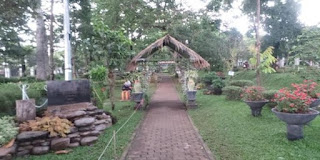 Taman Pustaka Bunga