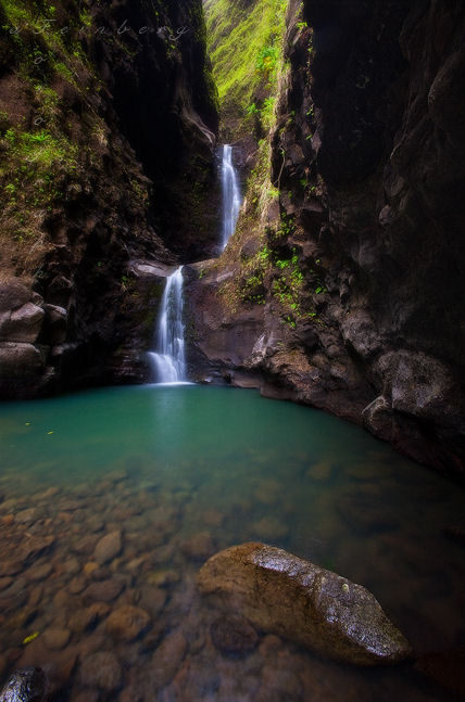 Free Image Bank: Imágenes de montañas, ríos, cascadas