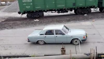 Πόσοι Ρώσοι μπορούν να χωρέσουν σ' ένα αυτοκίνητο;
