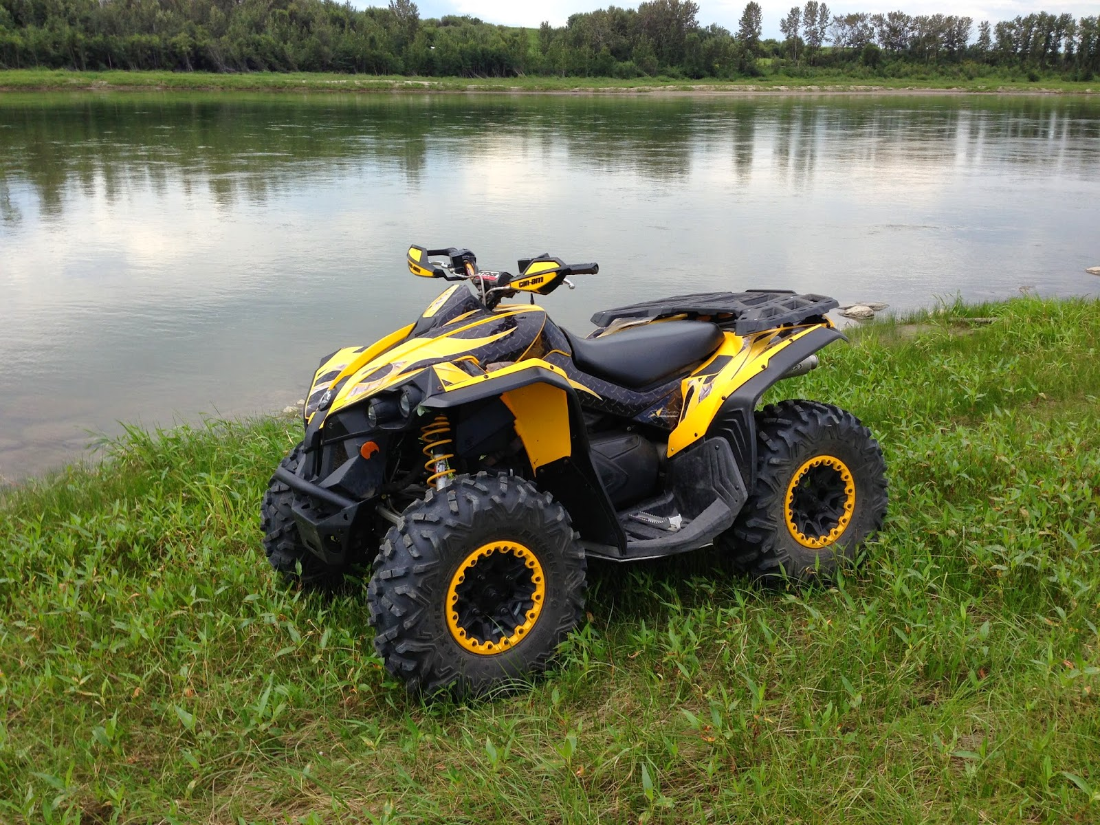 sask trail riders atv review can am renegade 800. Black Bedroom Furniture Sets. Home Design Ideas
