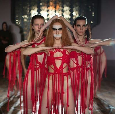 Suspiria 2018 movie still Dakota Johnson Mia Goth