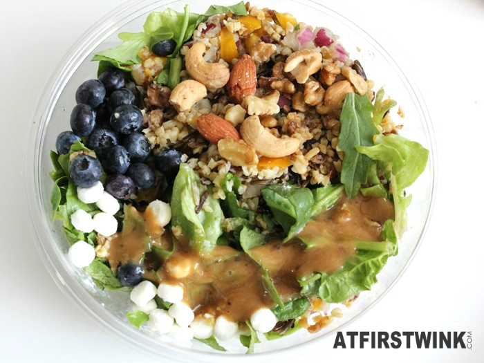 AH Bulgur, blueberry, goat cheese salad with citrus mango dressing | Salade bulgur blauwe bes geitenkaas met citrus-mangodressing (added nuts and dressing)