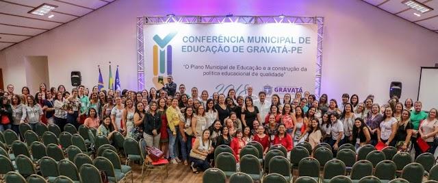 Conferência Municipal de Educação reúne mais de 200 professores para debater metas do Plano Municipal