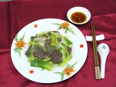 Món ăn ngon: Nghệ thuật trang trí đĩa salat