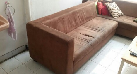 Kerusakan fisik sofa