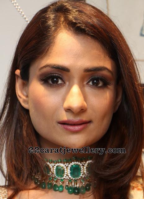 Sandhya Raju Diamond Emerald Choker