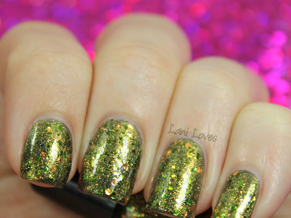 Twinsy Thursdays: Polish Armoire - Medusa Swatches