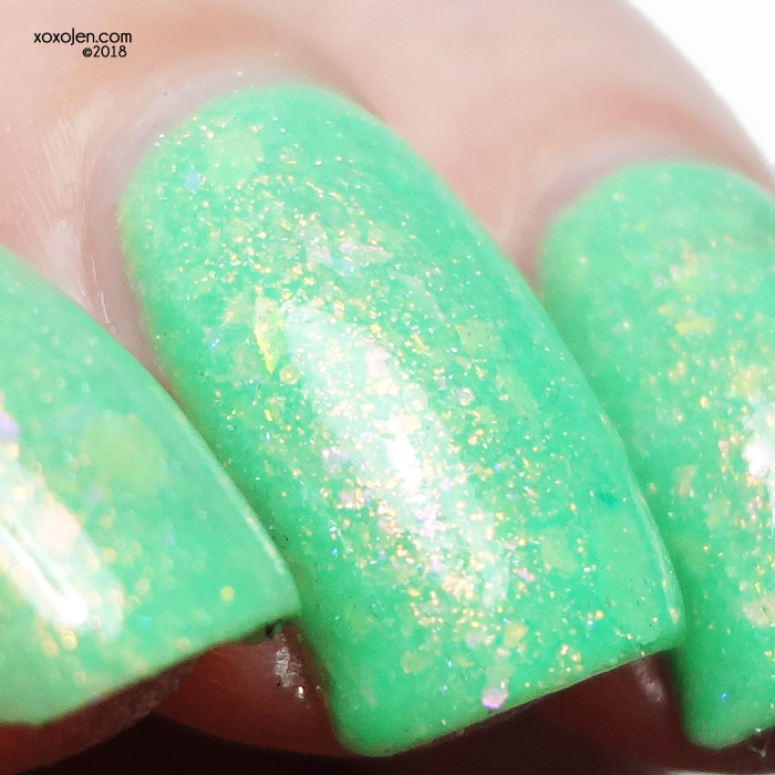 xoxoJen's swatch of Nauti-Cool