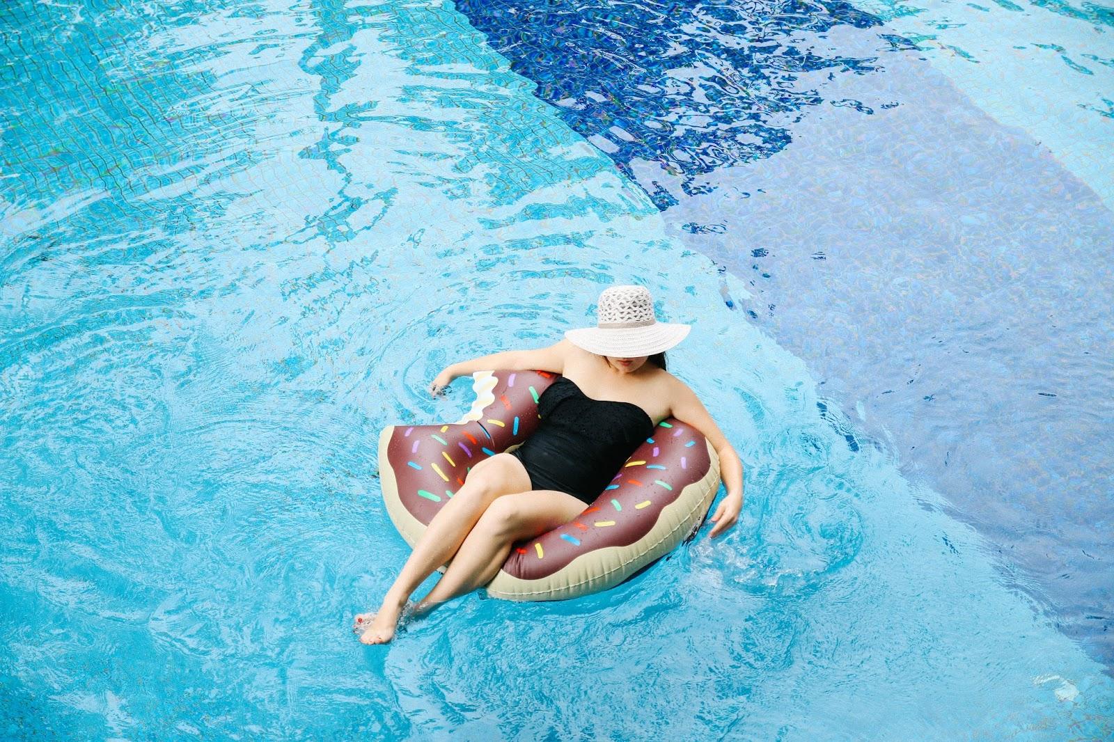 I donut think summer should be over   GlobalFashionGal by Brianna Degaston