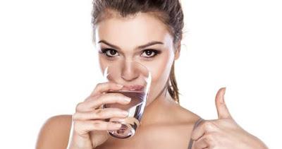 Aç karnına su içtiğinizde başınıza neler gelecek biliyor musunuz? 3