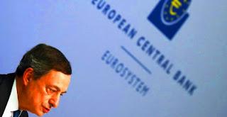 Concretamente, el BCE ha acordado recortar en 10 puntos básicos el interés aplicado a su facilidad de depósito, que pasará a ser del -0,40% desde el -0,30% actual, informó la institución. De este modo, el BCE pasará a cobrar un 0,40% a las entidades que hagan uso de esta facilidad para salvaguardar diariamente su exceso de liquidez, lo que podría servir de estímulo a la concesión de créditos e inversiones.